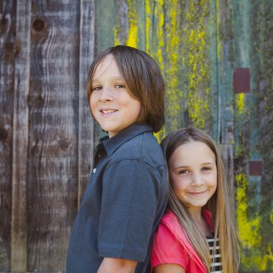 siblings part of family photography session in Novato